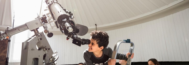De Lunt-telescoop van Sonnenborgh, aangeschaft met donaties