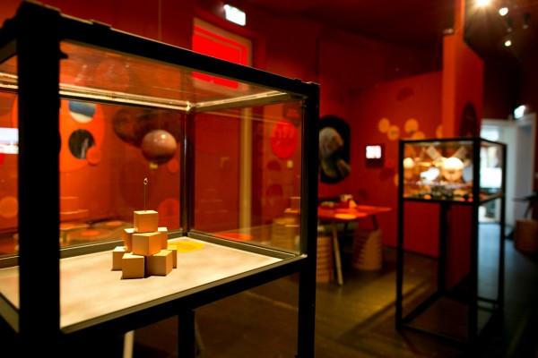 De rode Marszaal in de sterrenwacht van Sonnenborgh