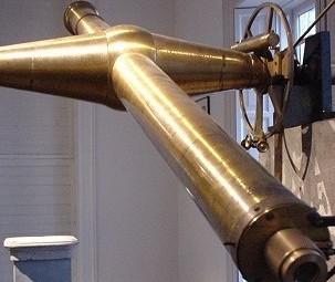 De Meridiaankijkervan Sonnenborgh waarmee de tijd gemeten werd
