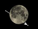 De Maan bedekt 30 Piscium