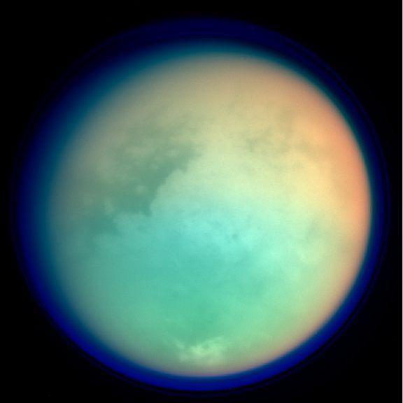 Titan in infrarood, bron: NASA/JPL-Caltech
